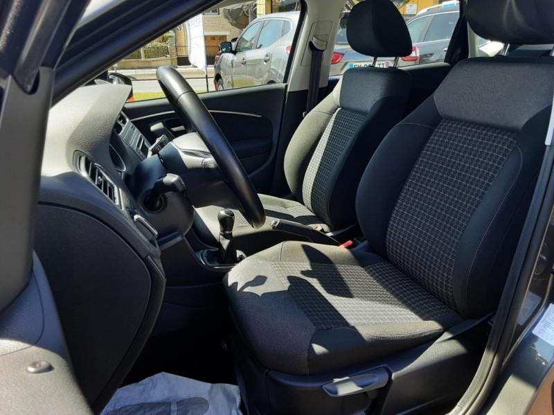 Photo 36 de l'offre de VOLKSWAGEN POLO 1.4 TDI 75 BMT Confortline à 10900€ chez Centrale Auto Marché Mussidan