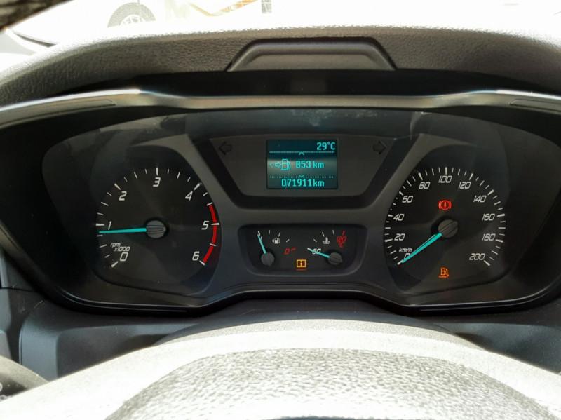 Photo 43 de l'offre de FORD TRANSIT FOURGON L3H2 2.0 TDCI 105CH TREND BUSINESS à 18500€ chez Centrale Auto Marché Mussidan