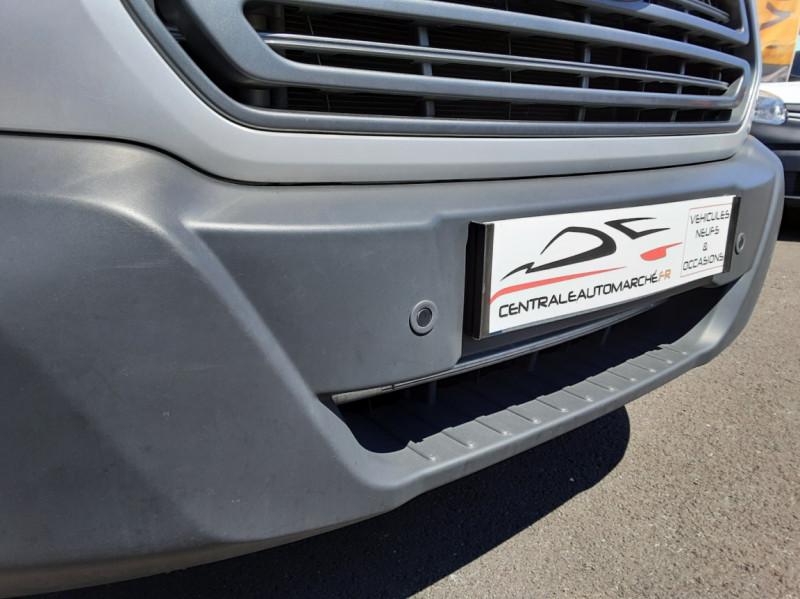 Photo 44 de l'offre de FORD TRANSIT FOURGON L3H2 2.0 TDCI 105CH TREND BUSINESS à 18500€ chez Centrale Auto Marché Mussidan
