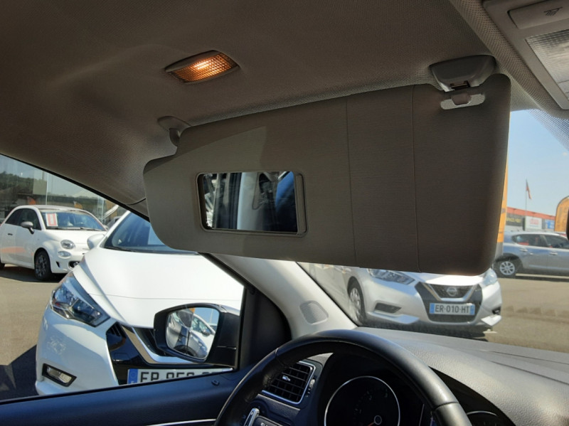Photo 44 de l'offre de VOLKSWAGEN POLO 1.4 TDI 75 BMT Confortline à 10900€ chez Centrale Auto Marché Mussidan