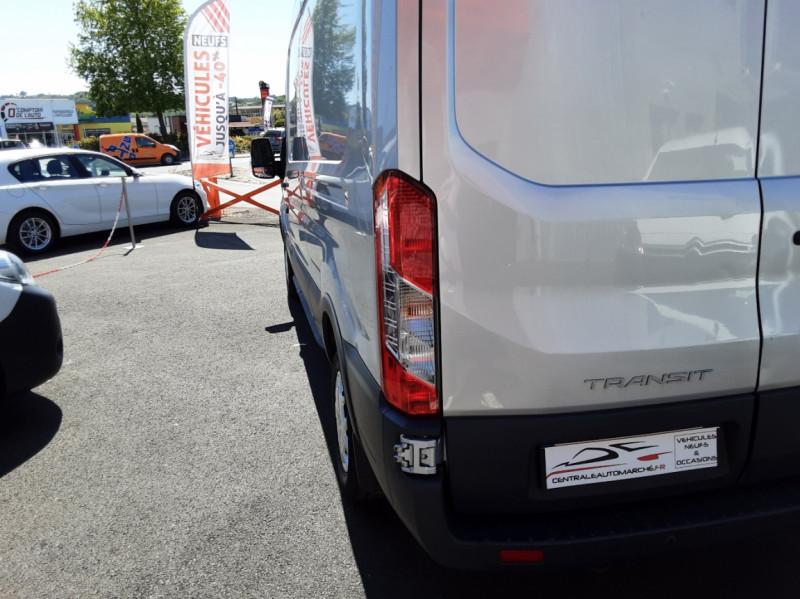 Photo 23 de l'offre de FORD TRANSIT FOURGON L3H2 2.0 TDCI 105CH TREND BUSINESS à 18500€ chez Centrale Auto Marché Mussidan