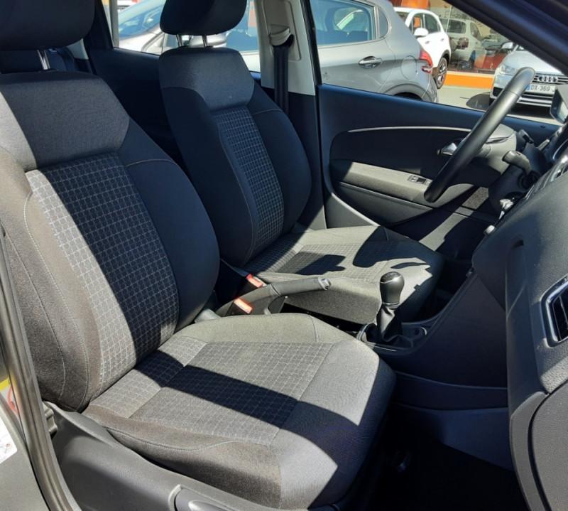 Photo 18 de l'offre de VOLKSWAGEN POLO 1.4 TDI 75 BMT Confortline à 10900€ chez Centrale Auto Marché Mussidan