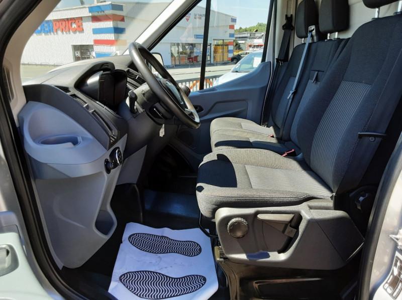 Photo 45 de l'offre de FORD TRANSIT FOURGON L3H2 2.0 TDCI 105CH TREND BUSINESS à 18500€ chez Centrale Auto Marché Mussidan