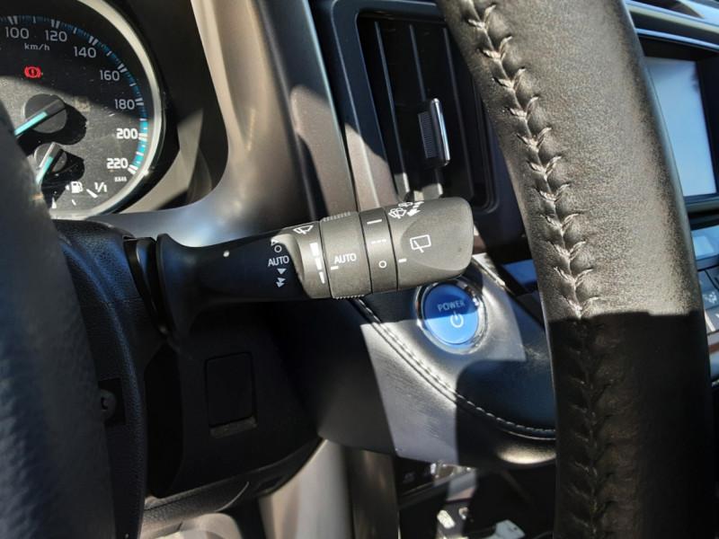 Photo 45 de l'offre de TOYOTA RAV4 RAV4 Hybride Pro 2WD Collection à 22990€ chez Centrale Auto Marché Mussidan