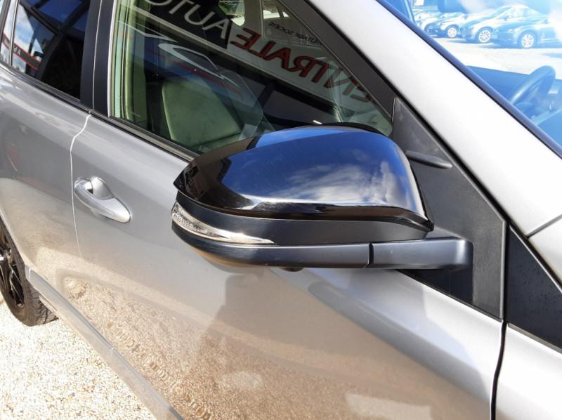 Photo 7 de l'offre de TOYOTA RAV4 RAV4 Hybride Pro 2WD Collection à 22990€ chez Centrale Auto Marché Mussidan