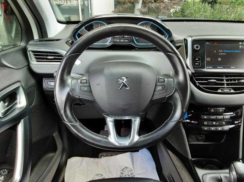 Photo 34 de l'offre de PEUGEOT 2008 1.6 BlueHDi 100ch SetS BVM5 Allure Business à 11490€ chez Centrale Auto Marché Mussidan