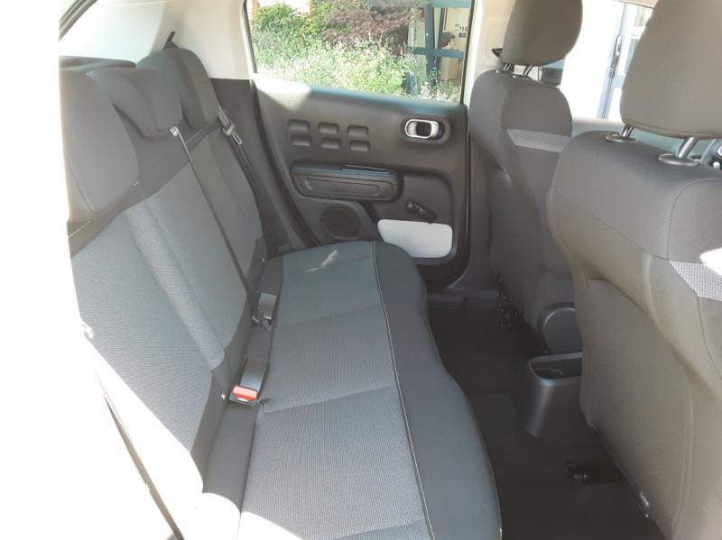 Photo 43 de l'offre de CITROEN C3 PureTech 82 Feel à 10990€ chez Centrale Auto Marché Mussidan