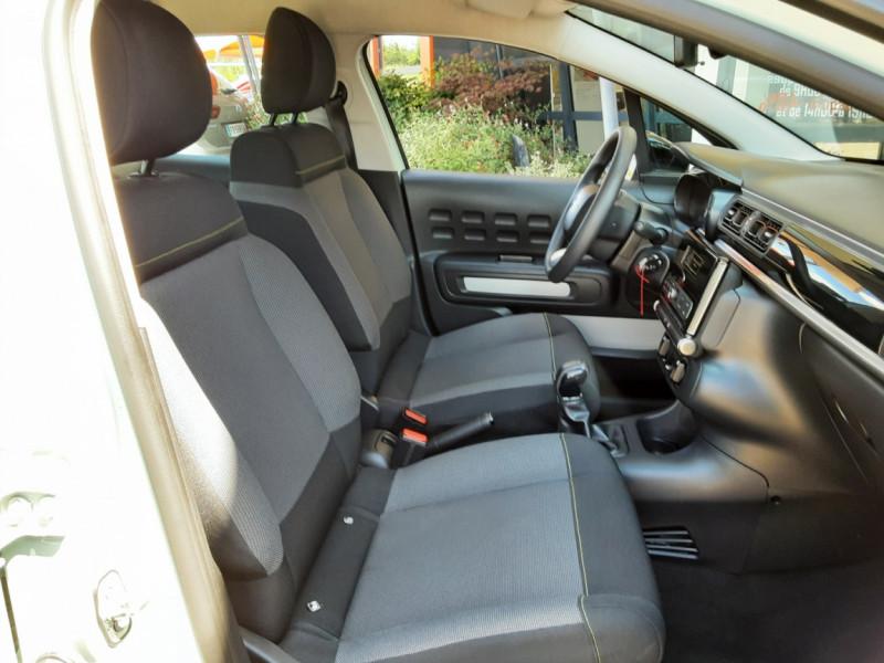 Photo 34 de l'offre de CITROEN C3 PureTech 82 Feel à 10990€ chez Centrale Auto Marché Mussidan