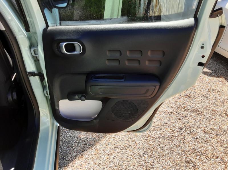 Photo 27 de l'offre de CITROEN C3 PureTech 82 Feel à 10990€ chez Centrale Auto Marché Mussidan