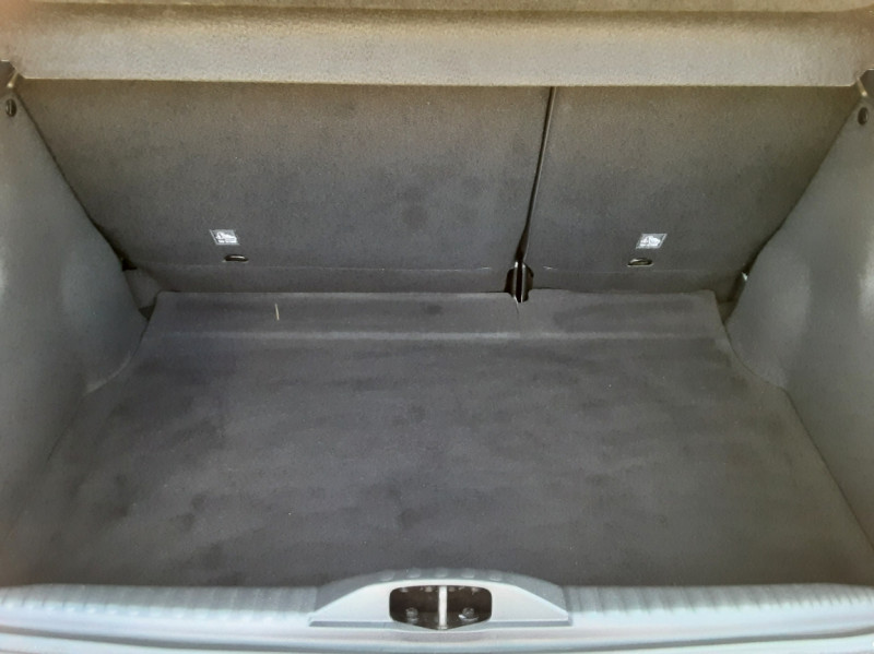 Photo 14 de l'offre de CITROEN C3 PureTech 82 Feel à 10990€ chez Centrale Auto Marché Mussidan
