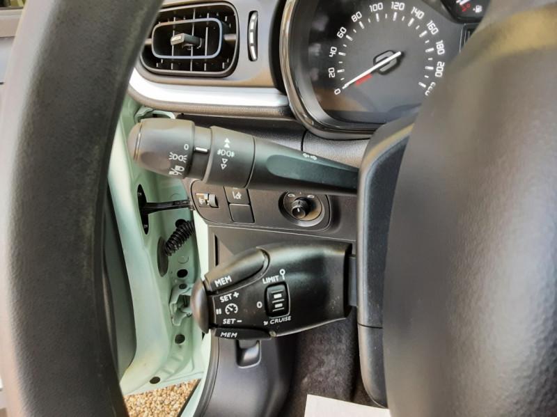 Photo 40 de l'offre de CITROEN C3 PureTech 82 Feel à 10990€ chez Centrale Auto Marché Mussidan