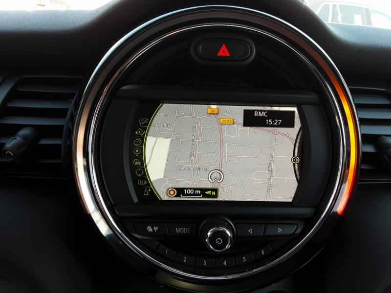 Photo 25 de l'offre de MINI MINI Cooper D 116 ch Edition Shoreditch A à 20500€ chez Centrale Auto Marché Mussidan