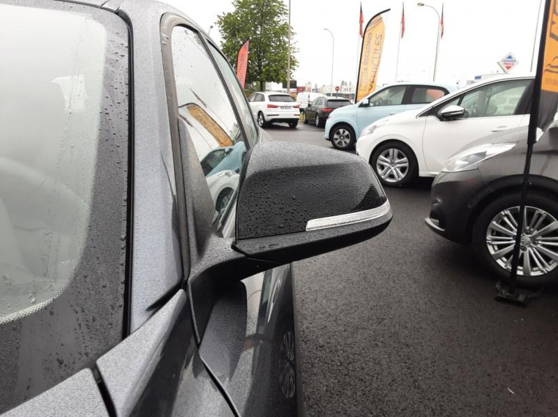 Photo 13 de l'offre de BMW SERIE 1 116d 116 ch SPORT  à 19990€ chez Centrale Auto Marché Mussidan