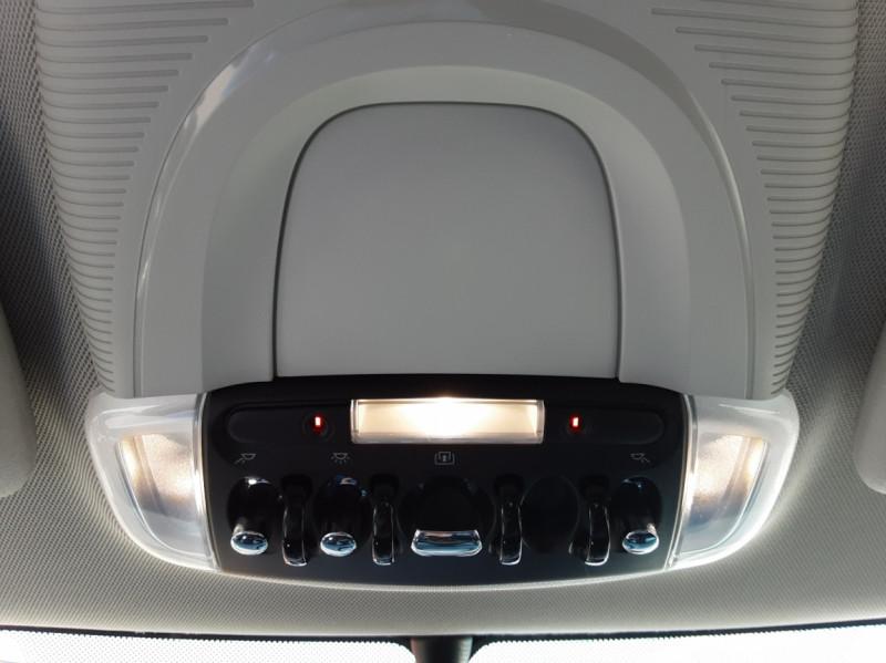 Photo 37 de l'offre de MINI MINI Cooper D 116 ch Edition Shoreditch A à 20500€ chez Centrale Auto Marché Mussidan