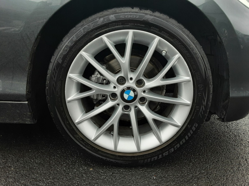 Photo 8 de l'offre de BMW SERIE 1 116d 116 ch SPORT  à 19990€ chez Centrale Auto Marché Mussidan