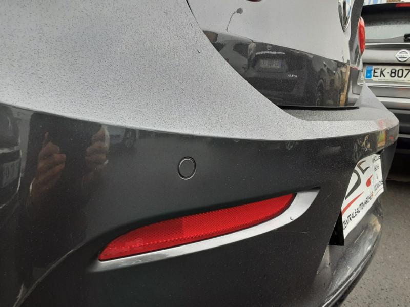 Photo 10 de l'offre de BMW SERIE 1 116d 116 ch SPORT  à 19990€ chez Centrale Auto Marché Mussidan