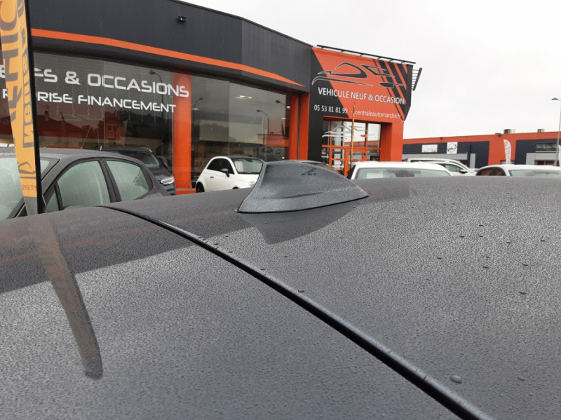 Photo 4 de l'offre de BMW SERIE 1 116d 116 ch SPORT  à 19990€ chez Centrale Auto Marché Mussidan