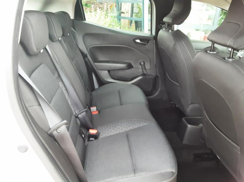 Photo 29 de l'offre de RENAULT CLIO Blue dCi 85 Business à 14890€ chez Centrale Auto Marché Mussidan