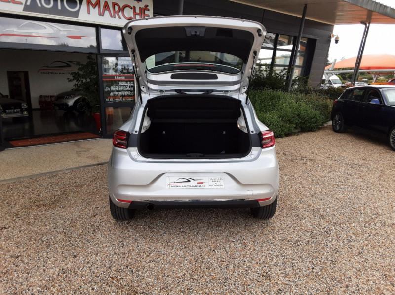Photo 16 de l'offre de RENAULT CLIO Blue dCi 85 Business à 14890€ chez Centrale Auto Marché Mussidan