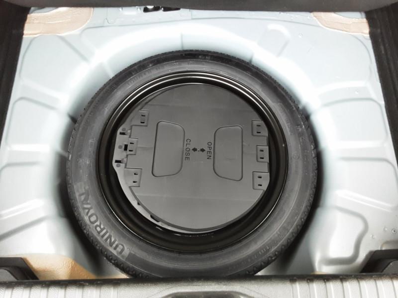 Photo 17 de l'offre de RENAULT CLIO Blue dCi 85 Business à 14890€ chez Centrale Auto Marché Mussidan