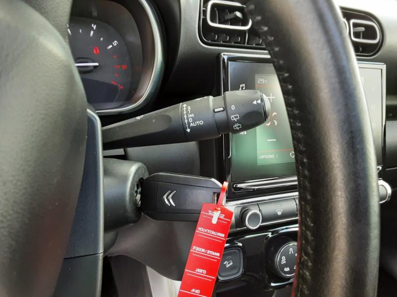 Photo 48 de l'offre de CITROEN C3 AIRCROSS C3 Aircross BlueHDi 100 BVM5 Shine à 16900€ chez Centrale Auto Marché Mussidan