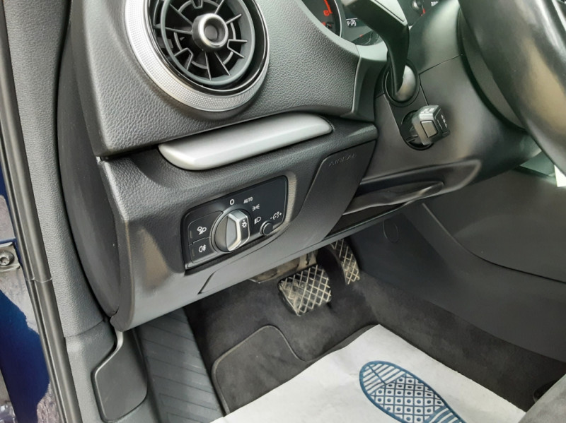 Photo 41 de l'offre de AUDI A3 Sportback 2.0 TDI 150 S tronic 6 Business line à 20990€ chez Centrale Auto Marché Mussidan