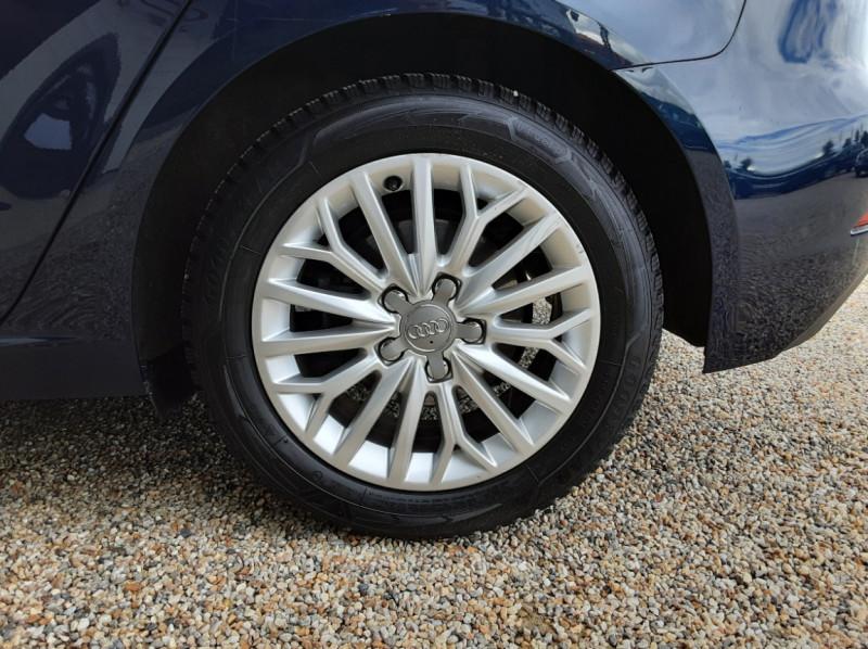 Photo 49 de l'offre de AUDI A3 Sportback 2.0 TDI 150 S tronic 6 Business line à 20990€ chez Centrale Auto Marché Mussidan