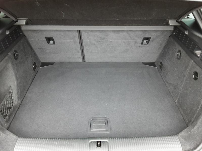 Photo 17 de l'offre de AUDI A3 Sportback 2.0 TDI 150 S tronic 6 Business line à 20990€ chez Centrale Auto Marché Mussidan