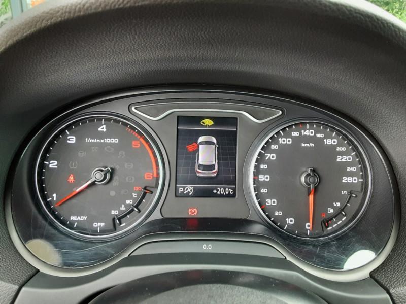 Photo 40 de l'offre de AUDI A3 Sportback 2.0 TDI 150 S tronic 6 Business line à 20990€ chez Centrale Auto Marché Mussidan