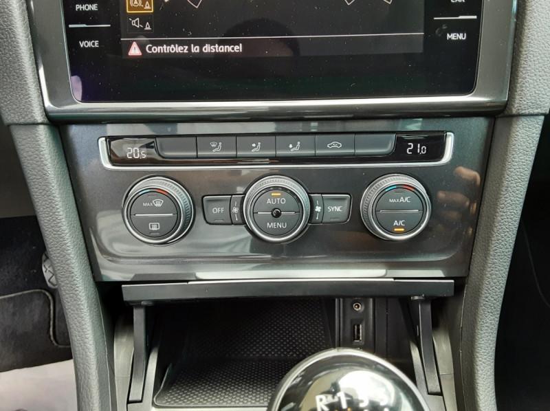 Photo 49 de l'offre de VOLKSWAGEN GOLF 7  TDI 115 BMT FAP Confortline Business à 17800€ chez Centrale Auto Marché Mussidan