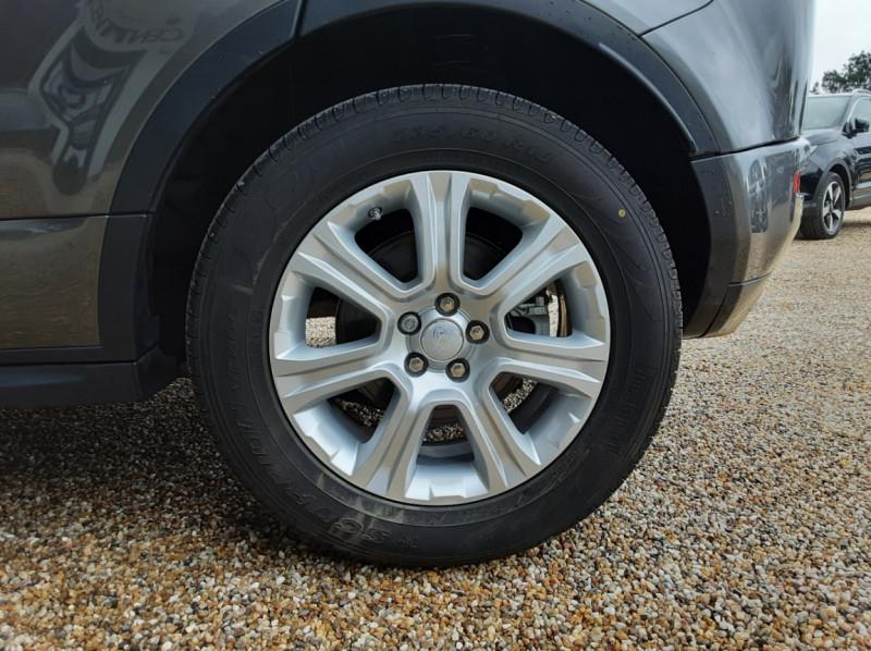 Photo 49 de l'offre de LAND-ROVER RANGE ROVER Evoque TD4 150 BVA SE Dynamic  à 31490€ chez Centrale Auto Marché Mussidan