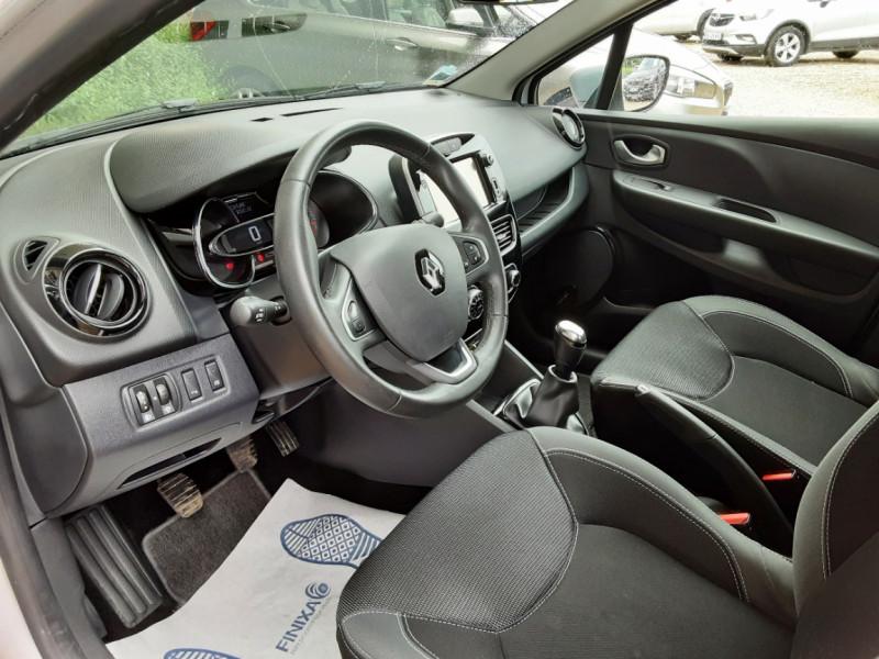 Photo 20 de l'offre de RENAULT CLIO IV dCi 90 Energy eco2 82g Business à 9990€ chez Centrale Auto Marché Mussidan
