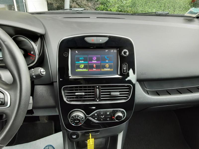 Photo 31 de l'offre de RENAULT CLIO IV dCi 90 Energy eco2 82g Business à 9990€ chez Centrale Auto Marché Mussidan
