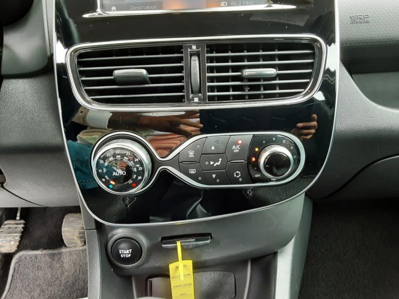 Photo 40 de l'offre de RENAULT CLIO IV dCi 90 Energy eco2 82g Business à 9990€ chez Centrale Auto Marché Mussidan