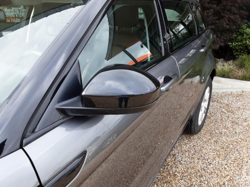 Photo 4 de l'offre de LAND-ROVER RANGE ROVER Evoque TD4 150 BVA SE Dynamic  à 31490€ chez Centrale Auto Marché Mussidan
