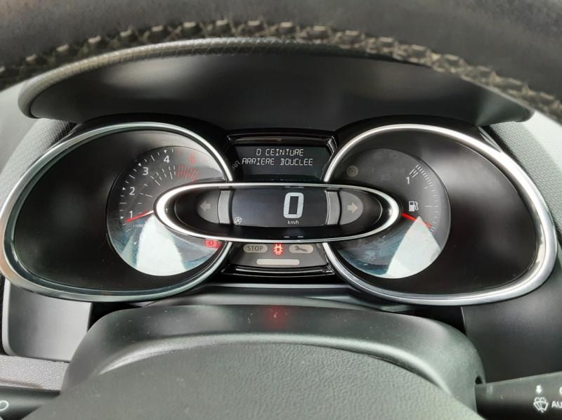 Photo 37 de l'offre de RENAULT CLIO IV dCi 90 Energy eco2 82g Business à 9990€ chez Centrale Auto Marché Mussidan