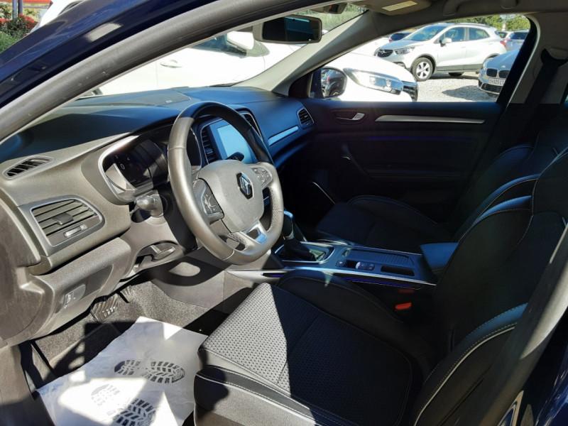 Photo 20 de l'offre de RENAULT MEGANE IV Berline Blue dCi 115 EDC Intens à 17990€ chez Centrale Auto Marché Mussidan