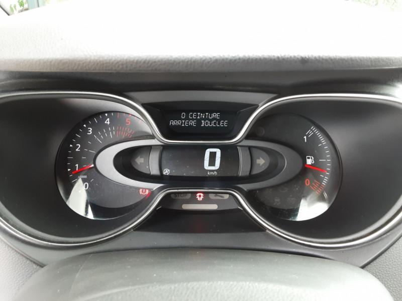 Photo 43 de l'offre de RENAULT CAPTUR Captur dCi 90 E6C Business à 13890€ chez Centrale Auto Marché Mussidan