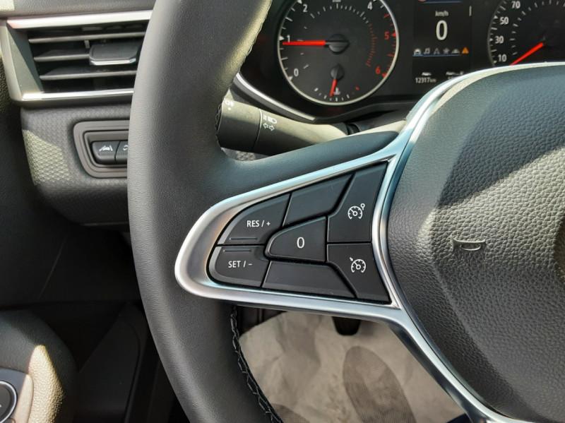 Photo 39 de l'offre de RENAULT CLIO Blue dCi 85 Business à 14700€ chez Centrale Auto Marché Mussidan