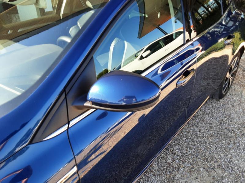 Photo 12 de l'offre de RENAULT MEGANE IV Berline Blue dCi 115 EDC Intens à 17990€ chez Centrale Auto Marché Mussidan
