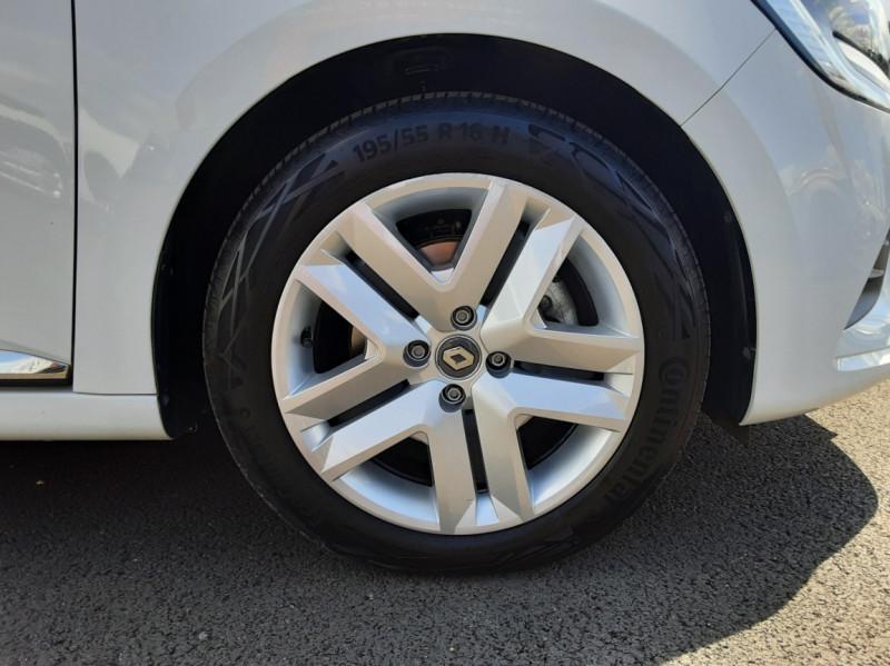 Photo 43 de l'offre de RENAULT CLIO Blue dCi 85 Business à 14700€ chez Centrale Auto Marché Mussidan