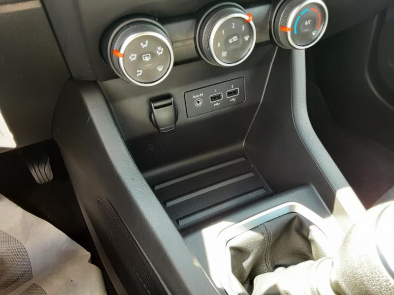 Photo 49 de l'offre de RENAULT CLIO Blue dCi 85 Business à 14700€ chez Centrale Auto Marché Mussidan