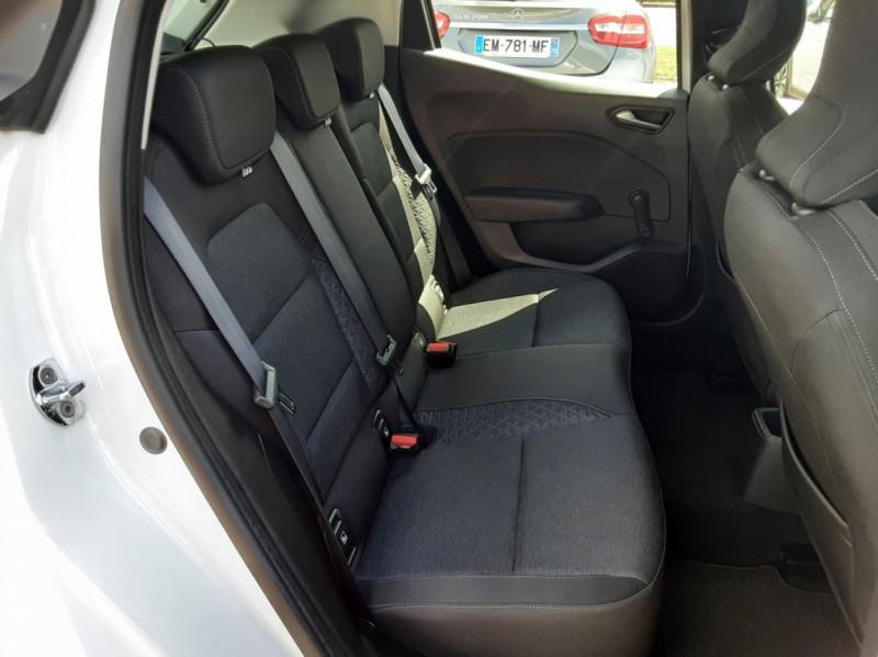 Photo 13 de l'offre de RENAULT CLIO Blue dCi 85 Business à 14700€ chez Centrale Auto Marché Mussidan