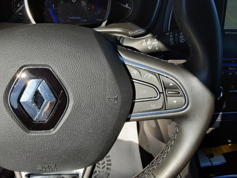 Photo 46 de l'offre de RENAULT MEGANE IV Berline Blue dCi 115 EDC Intens à 17990€ chez Centrale Auto Marché Mussidan