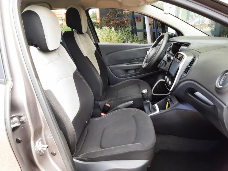 Photo 27 de l'offre de RENAULT CAPTUR Captur dCi 90 E6C Business à 13890€ chez Centrale Auto Marché Mussidan