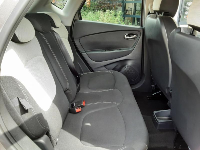 Photo 32 de l'offre de RENAULT CAPTUR Captur dCi 90 E6C Business à 13890€ chez Centrale Auto Marché Mussidan