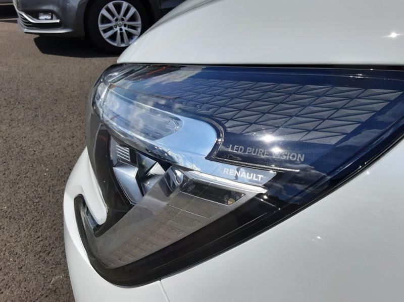 Photo 35 de l'offre de RENAULT CLIO Blue dCi 85 Business à 14700€ chez Centrale Auto Marché Mussidan