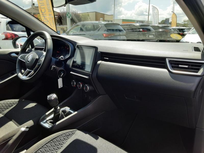Photo 21 de l'offre de RENAULT CLIO Blue dCi 85 Business à 14700€ chez Centrale Auto Marché Mussidan