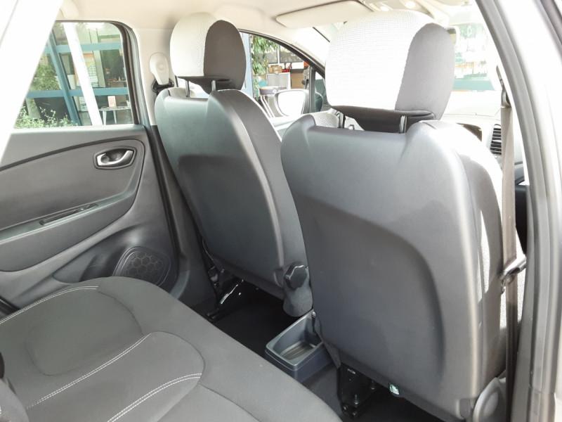 Photo 31 de l'offre de RENAULT CAPTUR Captur dCi 90 E6C Business à 13890€ chez Centrale Auto Marché Mussidan