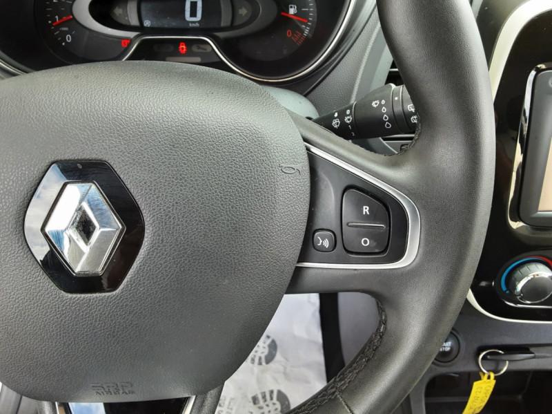 Photo 50 de l'offre de RENAULT CAPTUR Captur dCi 90 E6C Business à 13890€ chez Centrale Auto Marché Mussidan